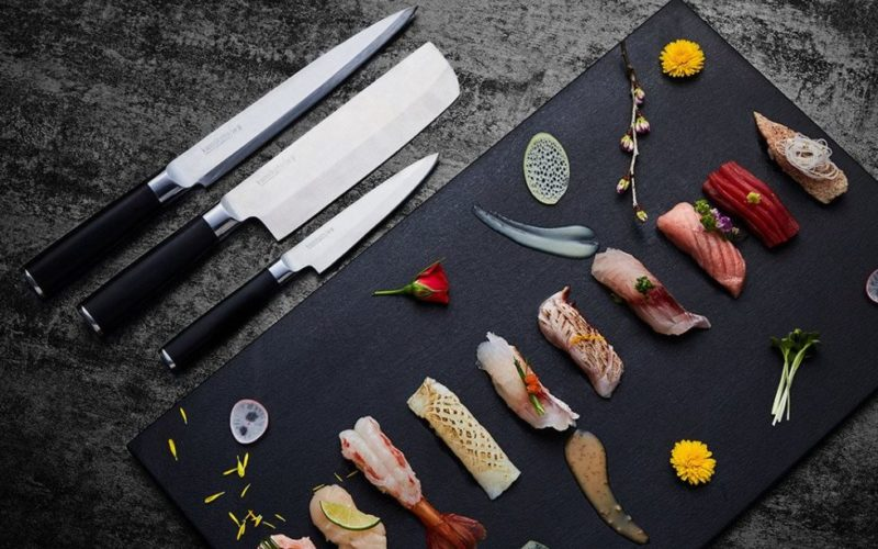 Kamikoto-Knives-With-Sushi-Board